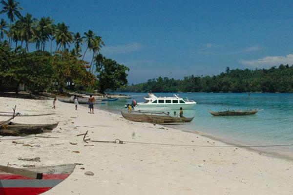 Dukung Sail Morotai 2012 Telkomsel Tambah 6 Unit BTS