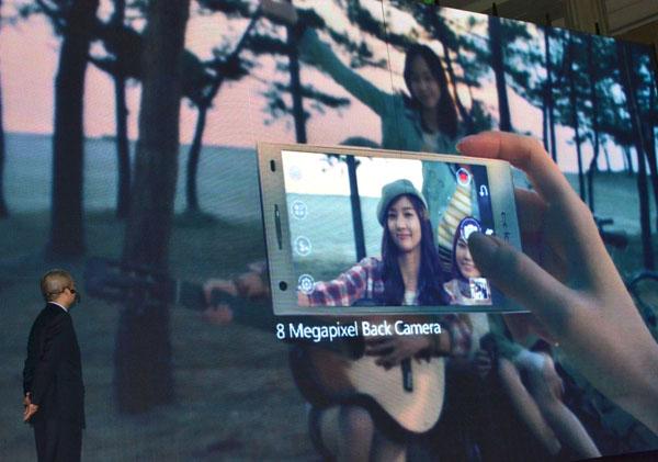 OPPO hadir dan meluncurkan 2 Smartphone