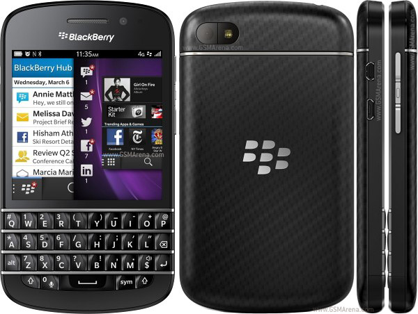 INDOSAT LAKUKAN  PRE PURCHASE BLACKBERRY Q10