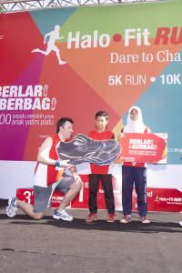 HaloFit Run 'Dare to Change' Berlari Sambil Berbagi - 3 ok