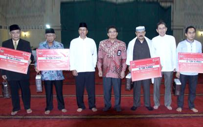 Telkomsel bagikan 12 ton kurma untuk 4 Masjid di 4 Kota