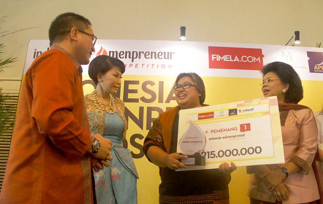 Indosat  bersama KPP-PA beri Penghargaan 10 Finalis IWC