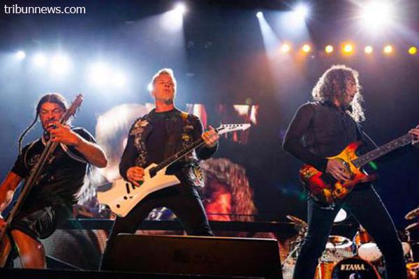 Indosat bagikan tiket Gratis  Konser METALLICA Live in Jakarta