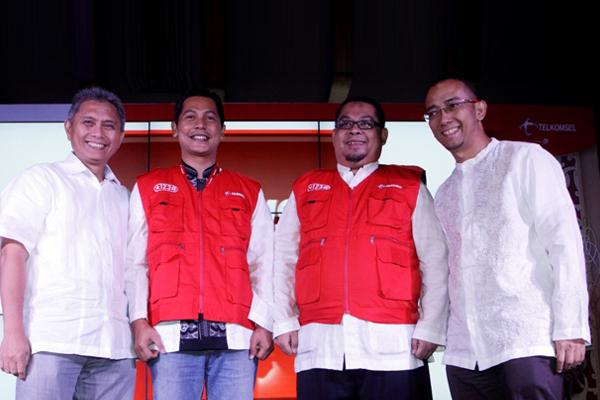 Photo of Posko Haji dan Aplikasi Telkomsel Ibadah