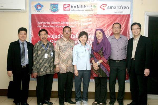 Pelatihan Internet  bagi Usaha Mikro Kecil Menengah & Koperasi