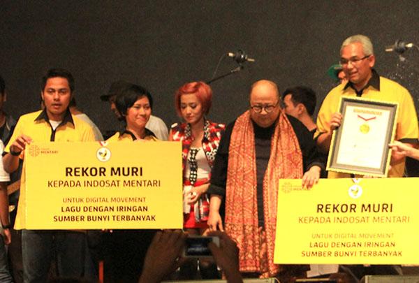 Indosat Raih Penghargaan MURI untuk Digital Movement