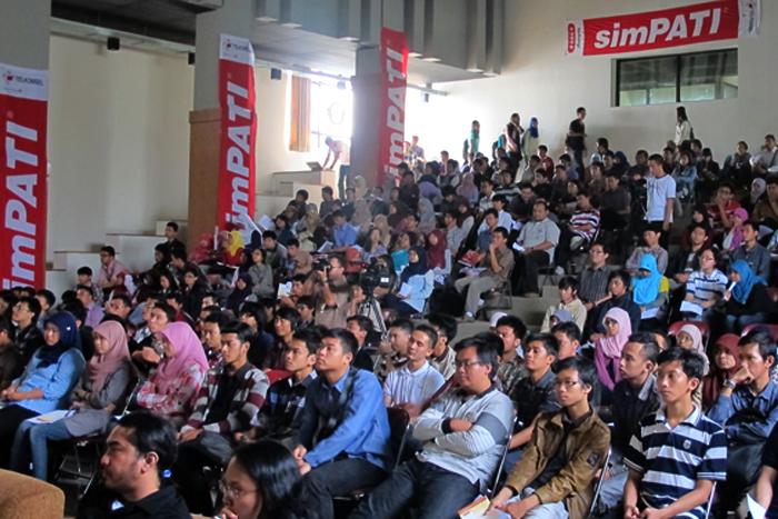 Melalui Digital Creative Indonesia Competition  Telkomsel Jaring Anak Muda Kreatif