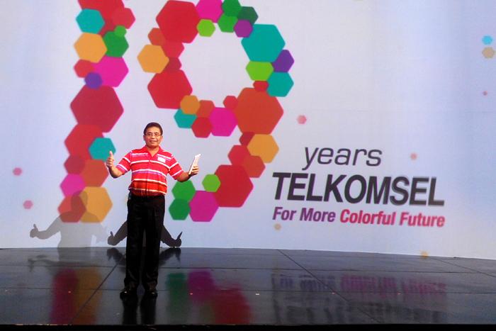 Semarak 19 Ulang Tahun Telkomsel Wujudkan Masa Depan Penuh Warna