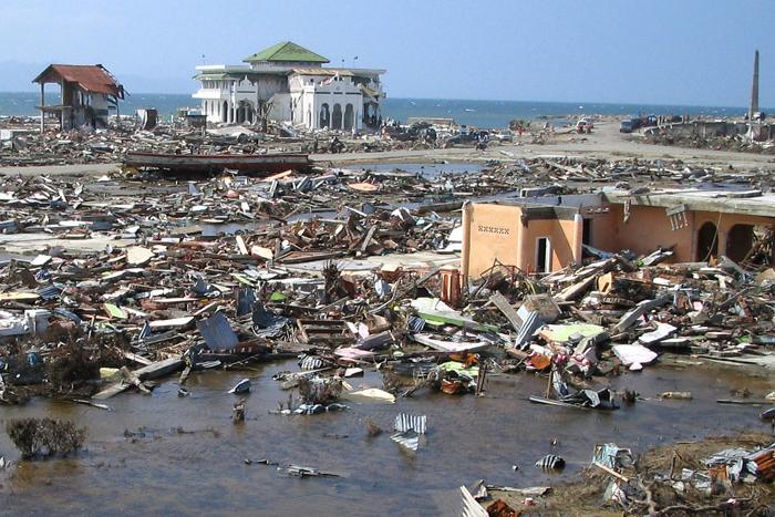 Indosat bersama Google hadirkan peringatan dini Tsunami & Gempa Bumi