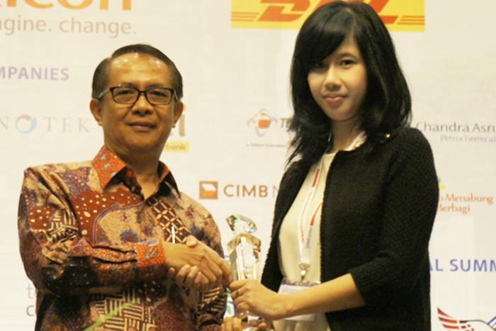 Indosat Raih Women Empowerment Award 2015