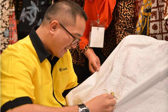 Indosat Dukung Gelar Batik Nusantara 2015