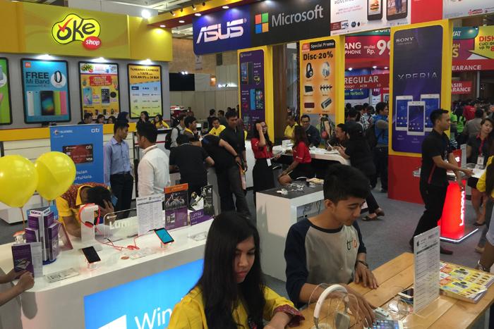 TRIKOMSEL Berikan Penawaran Cashback Sampai dengan Puluhan Juta Rupiah Di INDONESIA CELLULAR SHOW 2015