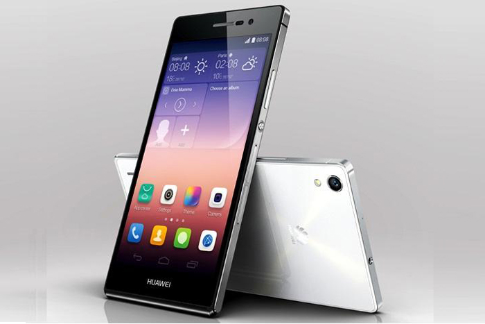 Huawei Ascend P7  Kamera hebat Jalur internetnya cepat