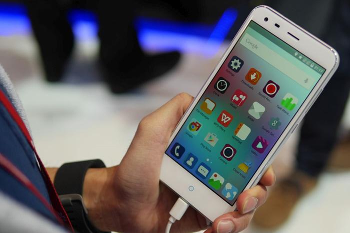 ZTE Blade S6 Merebut Pasar Smartphone dengan memiliki banyak keunggulan