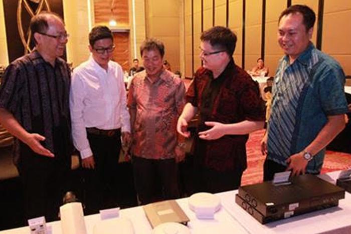 D-Link siap bersaing di pasar retail maupun bisnis di Indonesia