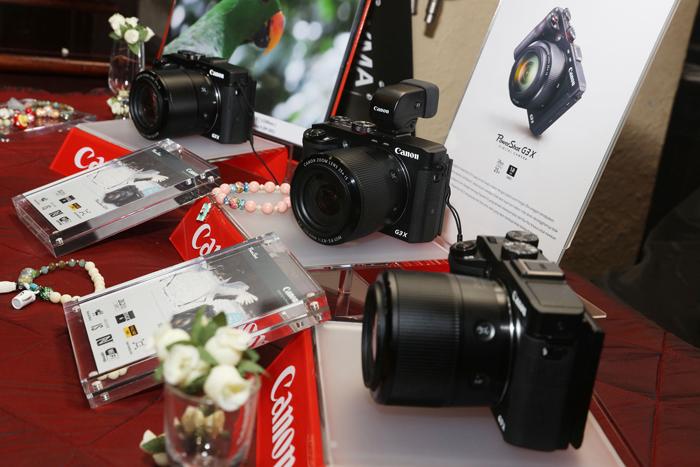 Canon PowerShot G3 X memiliki Optikal Zoomnya setara dengan lensa 24-600mm