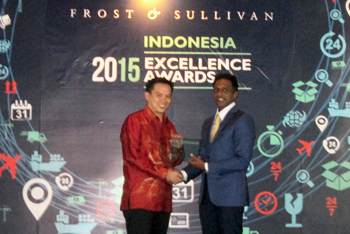 BOLT! 4G Ultra LTE Meraih Penghargaan Indonesia Most Promising Service Provider 2015