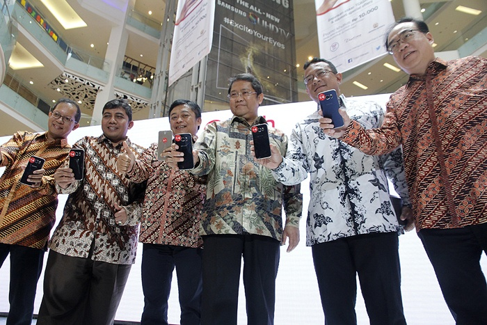 Photo of Telkomsel Perkenalkan New TCASH Sebagai Layanan Mobile Money
