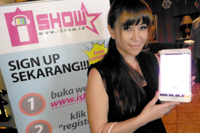 Smartfren iShow 1