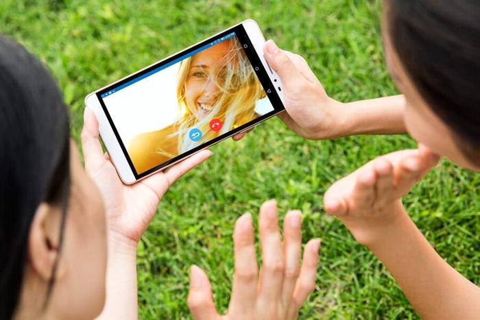 Untuk menemani hari mu, Pilih mana Smartphone atau Tablet?