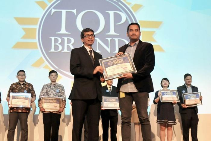 Photo of Terus menghadirkan Inovasi dan Teknologi, Acer Terima Penghargaan TOP BRAND 2016