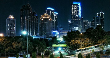 Warna Warni Cahaya Kota Jakarta Sangat Luar Biasa !