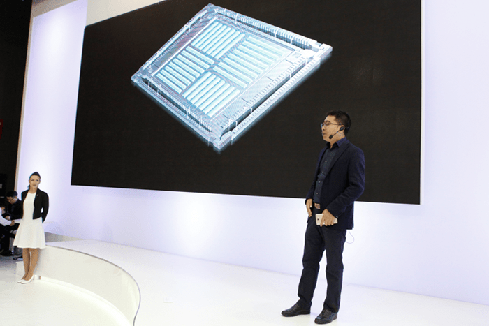 Photo of OPPO Luncurkan VOOC Flash Charge di MWC 2016