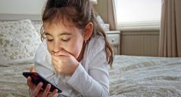 Maksimalkan Fungsi Gadget Untuk Hal Positif Bagi Anak