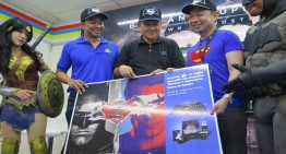 "XL – Indomaret Jalin Kemitraan menyediakan merchandise ""Batman v Superman: Dawn of Justice"""