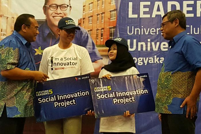 Photo of XL Mengajak Mahasiswa mencari solusi bagi problem sosial di sekitarnya