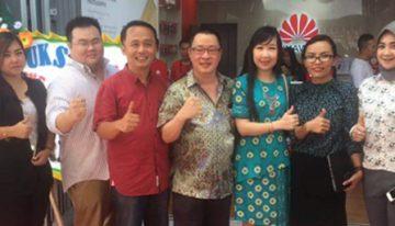 Huawei Meresmikan Brandshop Pertama di Kendari dan ke-7 di Indonesia