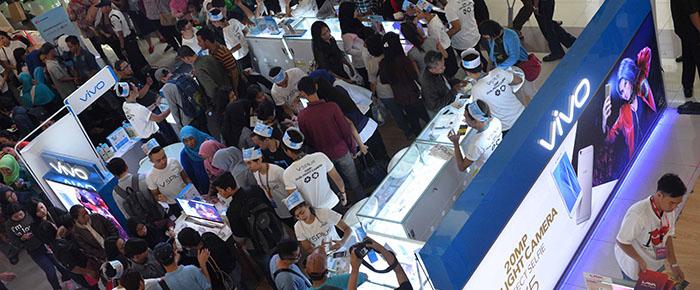 """Photo of Vivo V5Plus Hadirkan """"Super Selling Day"""" di Hari Pertama Peluncuran dipasaran"""