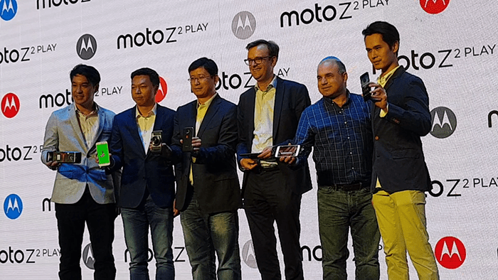 loncing Moto Z2 Play