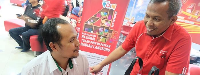 Photo of Rayakan Hari Pelanggan Nasional, Telkomsel Manjakan Pelanggan Setia dengan Ribuan Hadiah