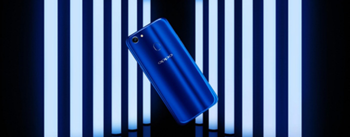 Photo of OPPO F5 Dashing Blue Limited Special Package Habis Terjual dalam Dua Menit, Sadisssss……