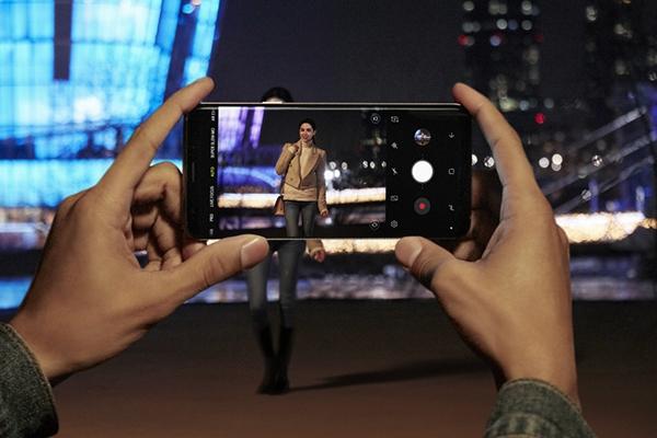 Low light Samsung