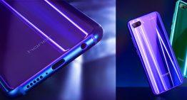 Honor 10 Henpon Pintar dengan Fotografi berteknologi Artifical Intelligence (AI) dan Desain Aurora Glass yang Indah