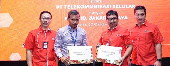 Photo of Telkomsel dan PLN DISJAYA Implementasikan dan Komersialisasi NB-IoT Smart Meter Pertama di Asia Tenggara