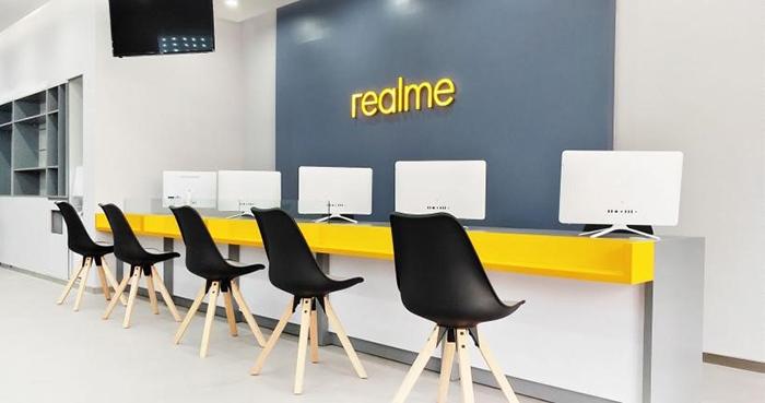 Realme Service Center di Roxy OK